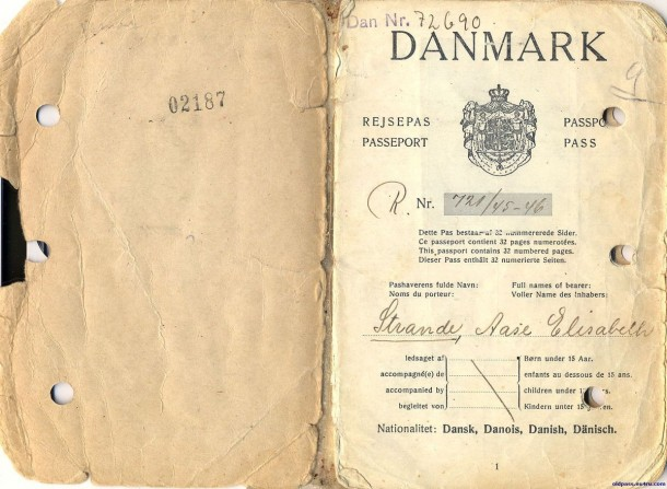 Паспорт Дании: 1945 год - первая страница