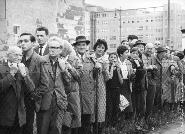 13 августа 1961 года многие семьи были разделены границей на долгие годы