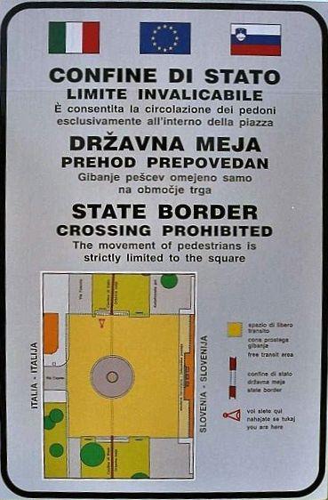 Сейчас в это трудно поверить, но еще не так давно относительно свободно можно было передвигаться только внутри площади Piazza della Transalpina