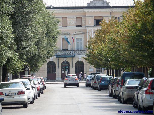 Вокзал - так его видно из Италии